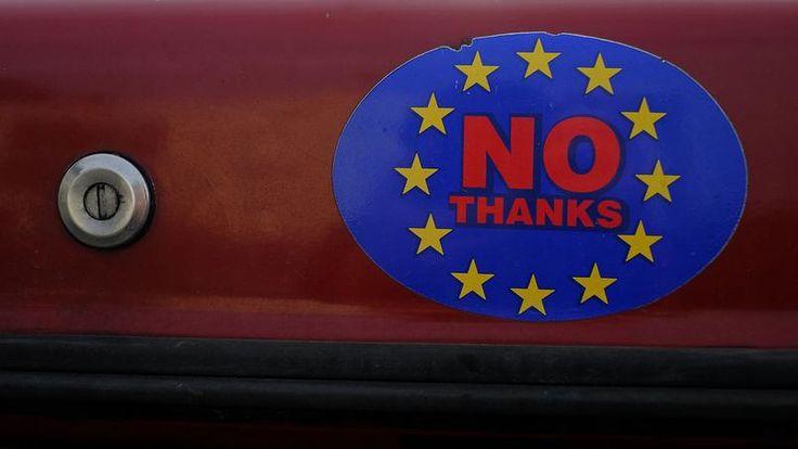 Les soutiens au Brexit s'affichent aussi sur les voitures (ici, un autocollant fixé sur un véhicule).