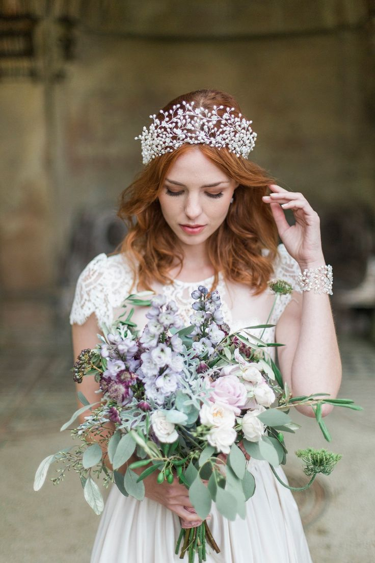 Swoon over jannie baltzer s wild nature bridal headpiece collection - Hermione Harbutt Nature Inspired Hair Vines And Delicate Bridal Headpieces