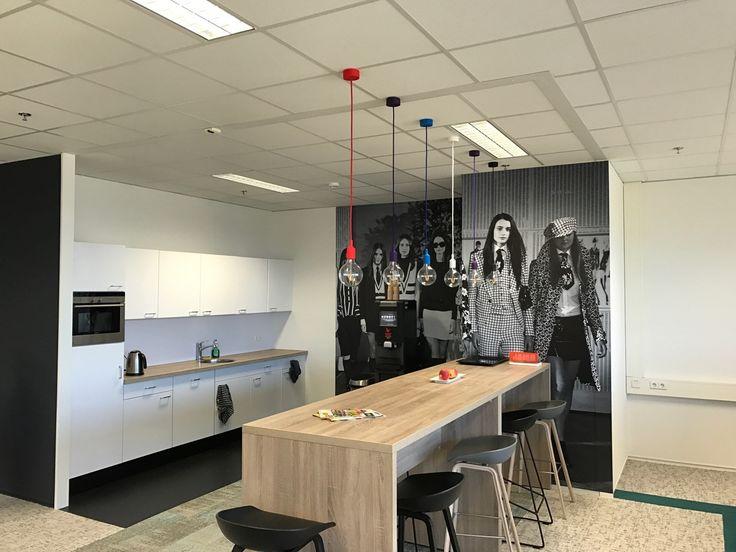 interieurontwerp door SVDK  interieurarchitecte(n) koffiecorner kantoorruimte Promese Eindhoven