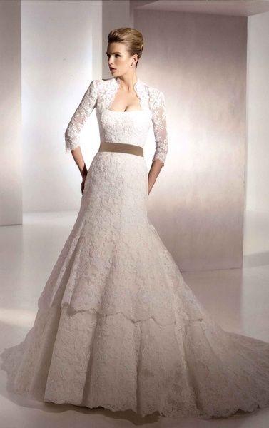 ブライダル工房 F.M.N 大人のかわいいエレガントさが十分に出せるドレス。