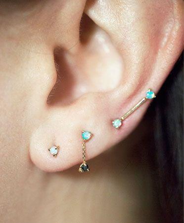 WWake tiny studs earrings.