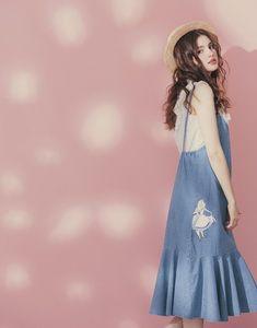 愛麗絲系列夢遊花園刺繡吊帶牛仔長裙-女