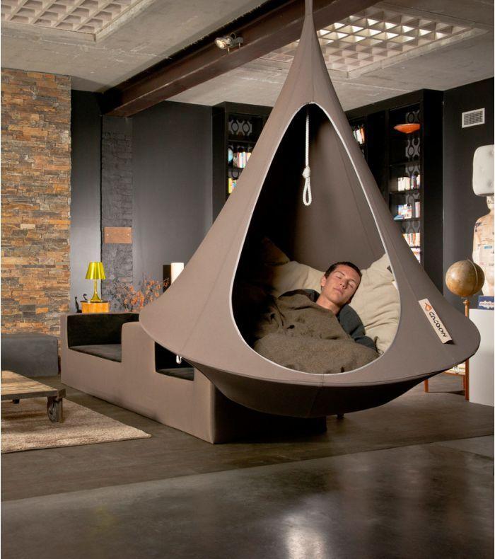 Les 25 meilleures id es concernant le tableau fauteuil - Siege suspendu interieur ...