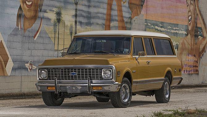1972 Chevrolet Suburban | Mecum Auctions