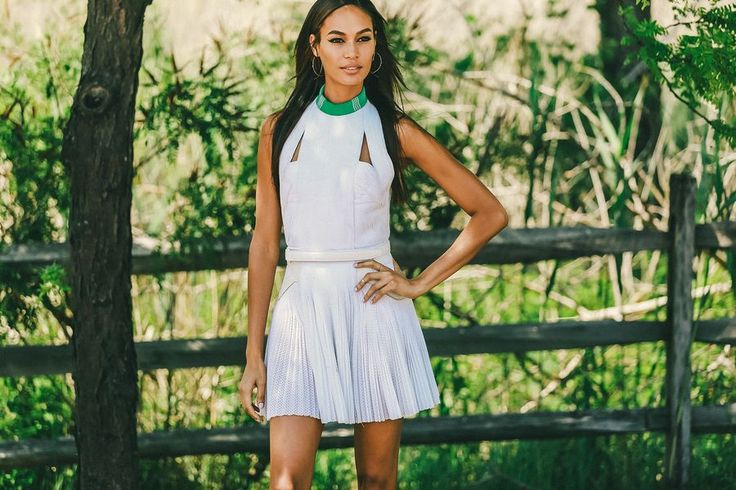 Joan Smalls at the Veuve Clicquot Polo Classic // See more at Racked: (http://ny.racked.com/2015/6/1/8698505/veuve-clicquot-polo-classic-photos-2015?utm_campaign=ny.racked&utm_content=gallery-post&utm_medium=social&utm_source=pinterest)
