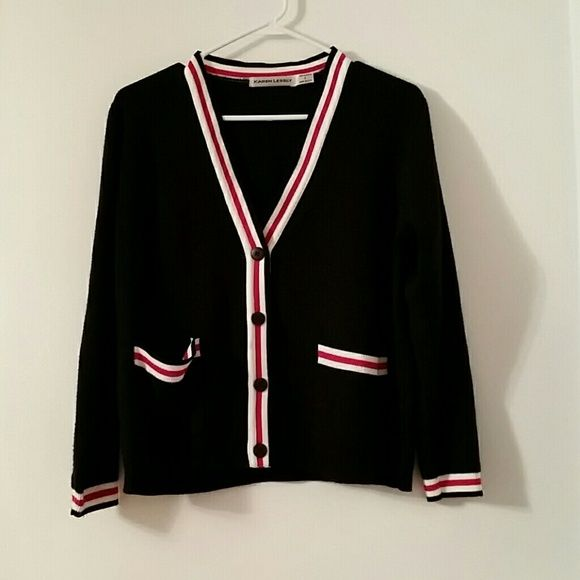 Preppy Sweater This is a very collegiate and preppy looking sweater. The tag says large but I'm a small and although it's big on, it looks cute paired with leggings and riding boots. Vintage Sweaters