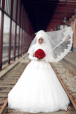 Classic Bridal hijab