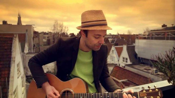 Niels Geusebroek - Street of Hearts (officiële videoclip)