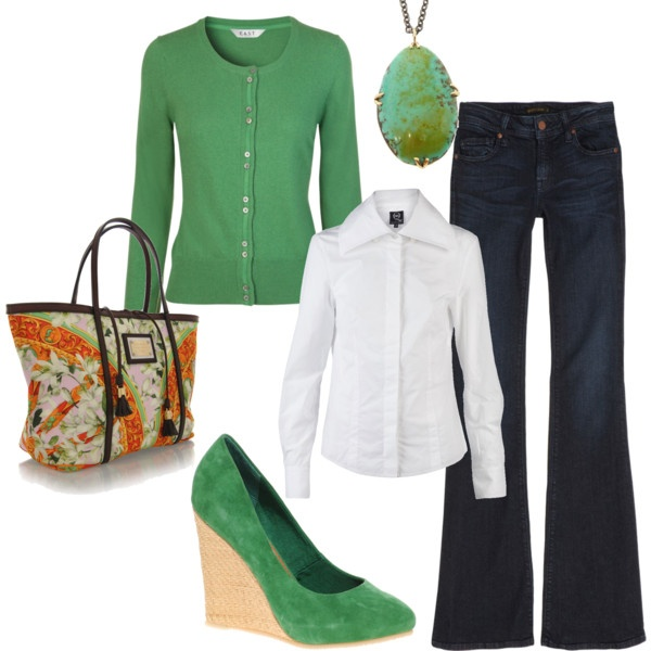 Green and tangerine: Green Shoes, Casual Friday, Blue Jeans, Green Wedges, Fashionista Trends, Fall Outfits, Kelly Green, Fall Fashion Trends, Shades Of Green