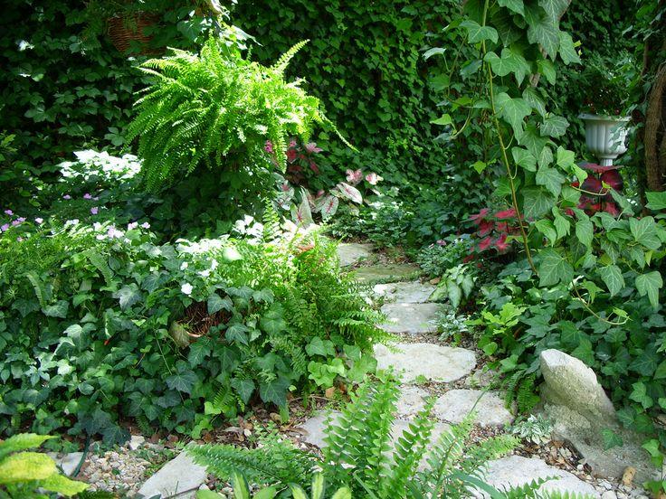 Shade Gardens Pictures | Shade Garden Ideas