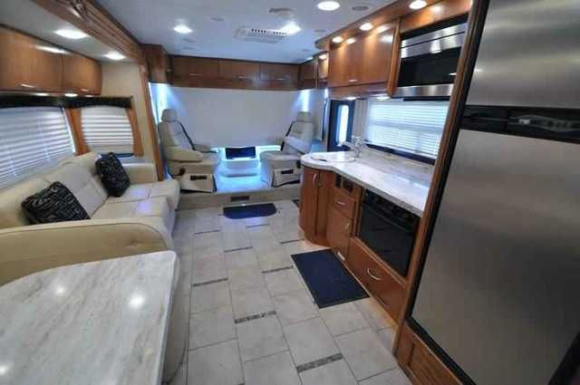 2011 Used Monaco Vesta 32PBS With Slide Class A in Texas TX.Recreational Vehicle, rv, 2011 Monaco Vesta 32PBS With Slide, Used Monaco RV for Sale- 2011 Monaco Vista 32PBS with slide and 31,194 miles. This RV is approximately 33 feet 4 inches in length with a MaxxForce 7 diesel engine, Roadmaster chassis, power privacy shades, power mirrors with heat, tilt/telescopic steering wheel, 6KW Onan generator with 218 hours, AGS, power patio awning, slide-out awning, water heater, pass-thru storage…
