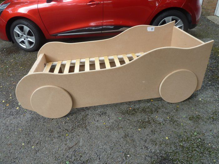 How To Build A Kid S Racing Car Bed Buildeazy Kids Car Bed