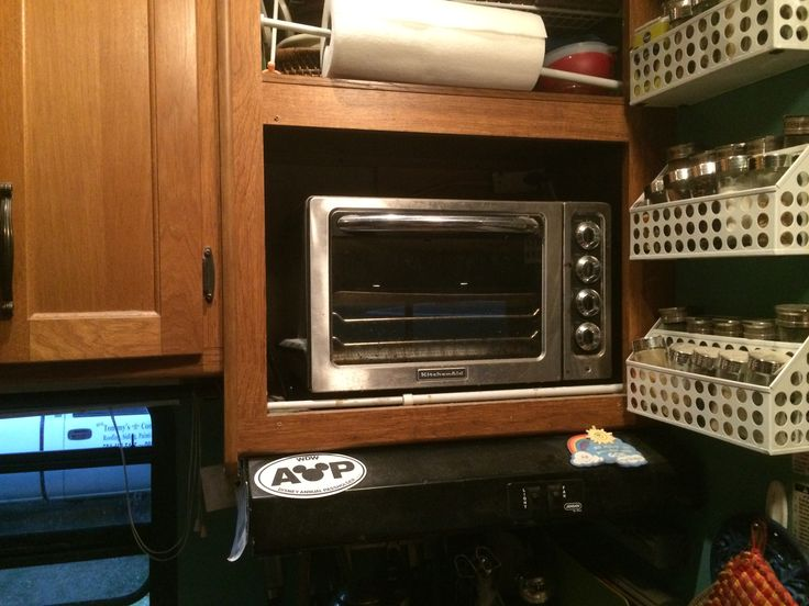 Countertop Oven For Rv : Removed microwave and replaced with toaster/convection oven.