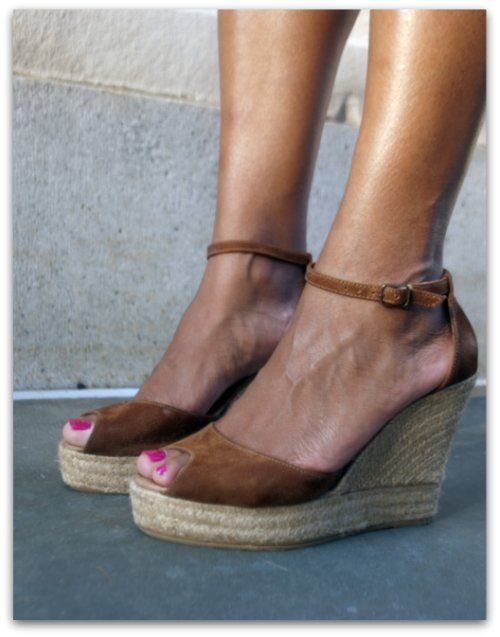 Step out in style this summer in these gorgeous wedges from GAIMO Espadrilles. Featuring a subtle peep toe design with a sleek upper, a chic espadrille wedge and ankle strap for added support, these fun and fashionable sandals are the perfect blend of style and comfort. Surely a must-have! #spanish #fashion