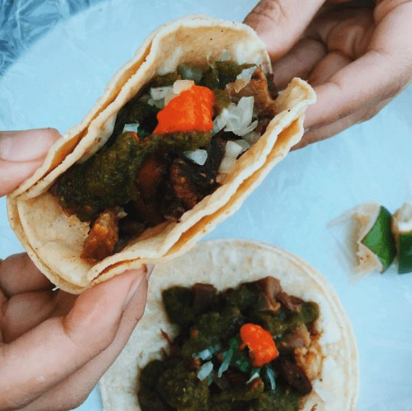 TACOS CHINGONES Photo by @mara_andres