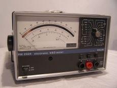 Philips PM 2504 Elektronisches V A Ω Multimeter mit Zubehör