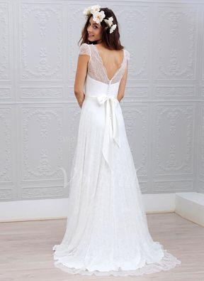 Forme Princesse Col V Traîne Balayage/Pinceau Mousseline Dentelle Robe de mariée avec Ceintures (0025059918) - Vbridal