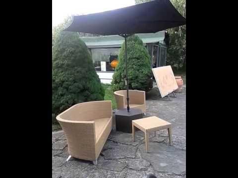 Arredamenti per giardino: l'ombrellone