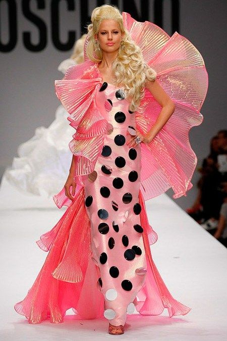 Moschino womenswear, spring/summer 2015, Milan Fashion Week // Moschino goes Barbie