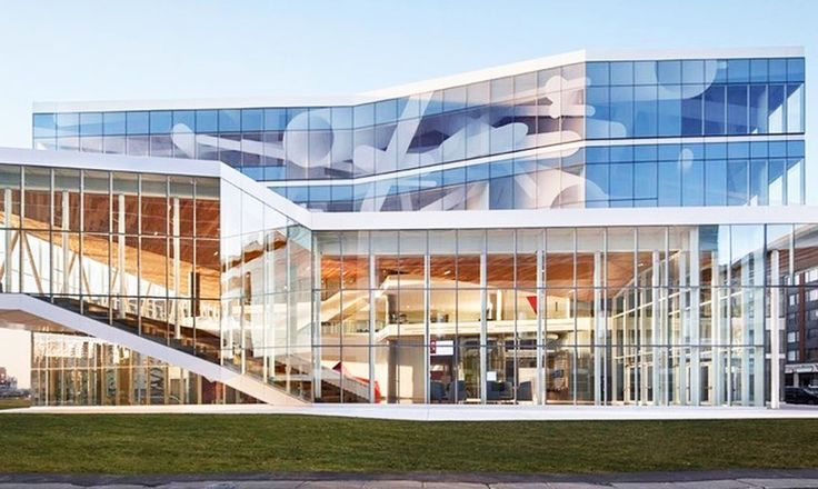 Montréal school looks like its been carved out of a giant iceberg