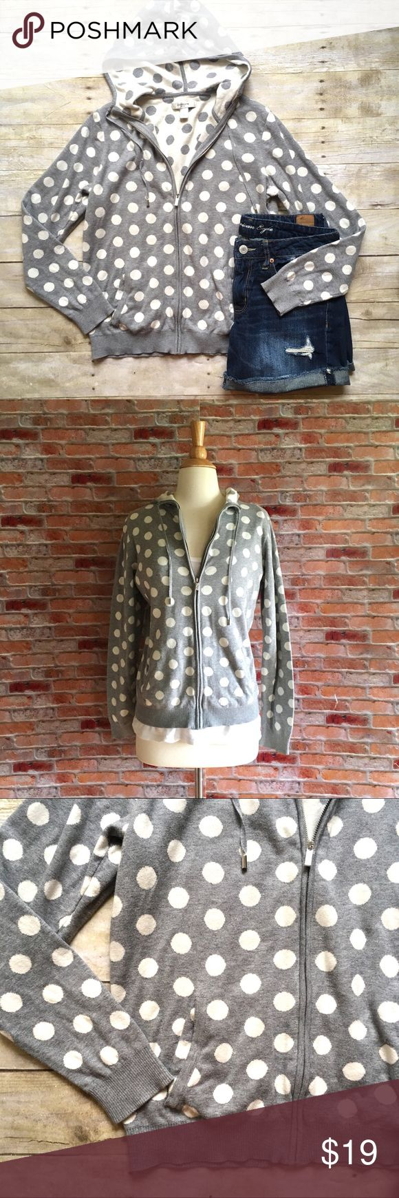 """Hooded gray polka dot zip up jumper Super soft knit hoodie with an opposite patterned hood.  Zip front.  Two front pockets. Cottton. In excellent condition. 24""""L.  19.5"""" bust laying flat. Size medium. *AE cutoffs are also available in my closet, buy the look and save! Liz Claiborne Sweaters Cardigans"""