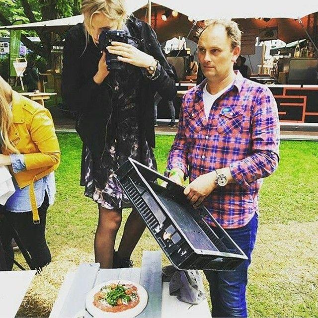 Repost @scotchbeefscotchlamb - Hier is @hungryforhealthyfood in actie met Scotch Beef tijdens onze foodfotografie workshop gisteren op @tasteofamsterdam! De workshop werd gegeven door topfotograaf @svenbenjamins van @foodiesmagazine #foodbloggers #tasteofamsterdam #foodiesmagazine #scotland #schotland #scotchbeef #food #foodies #foodiesgoesscotland #fotografie