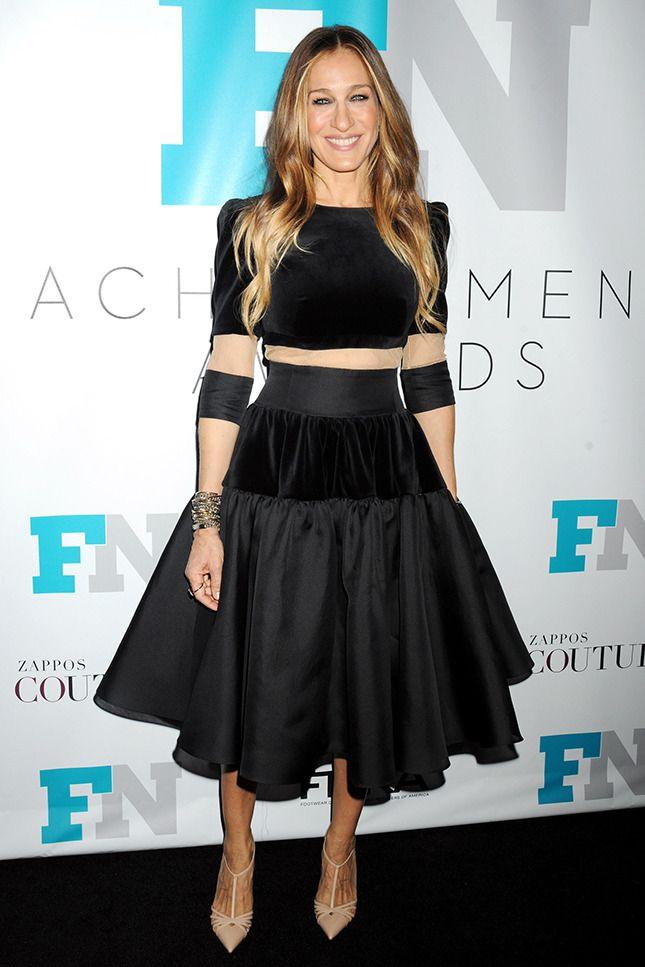 50!!! лет В Delphine Manivet Couture на вечере Fashion Footwear Association в Нью-Йорке