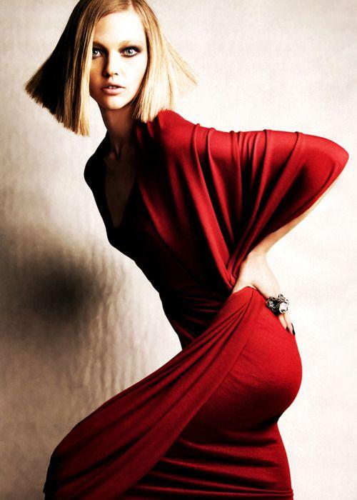Sasha Pivovarova | Patrick Demarchelier Vogue España December 2010