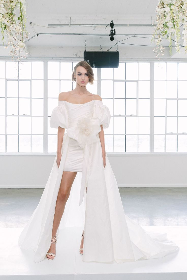 Marchesa Bridal Fall 2018 Fashion Show Collection