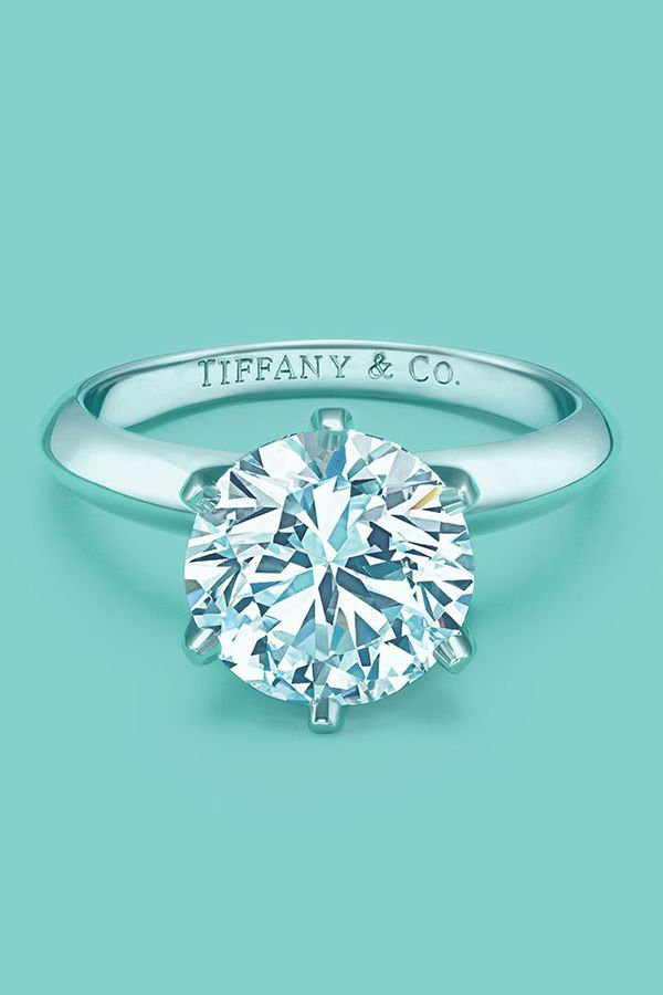 Tiffany's classic round cut diamond wedding engagement ring anillos de compromiso | alianzas de boda | anillos de compromiso baratos http://amzn.to/297uk4t
