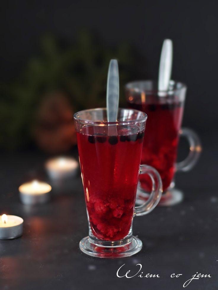 Wiem co jem - Rozgrzewająca herbata z owocami leśnymi