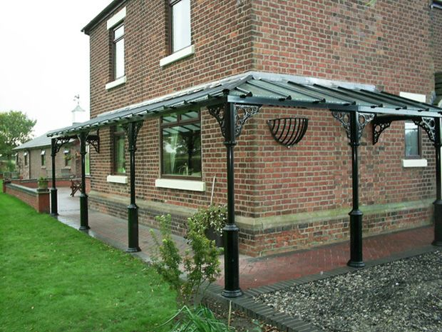 <p>A corner Verandah on a Victorian House; a total length of nearly 14m x 1.5m deep; hipped corner with V8 columns and Circles Quarter arches.</p>