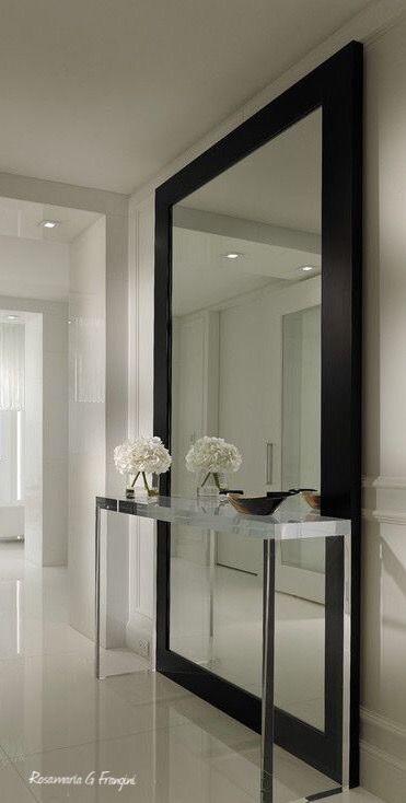 Rosamaria G Frangini | Architecture Luxury Interiors | Contemporary Hallway