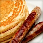 Almond Protein Pancakes and Turkey Sausage. So good you'll forget they're low-carb! Only 6.1g Net Carbs.