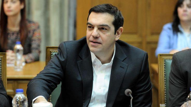 Τσίπρας σε υπουργούς: Ξενυχτήστε και κλείστε τη β' αξιολόγηση