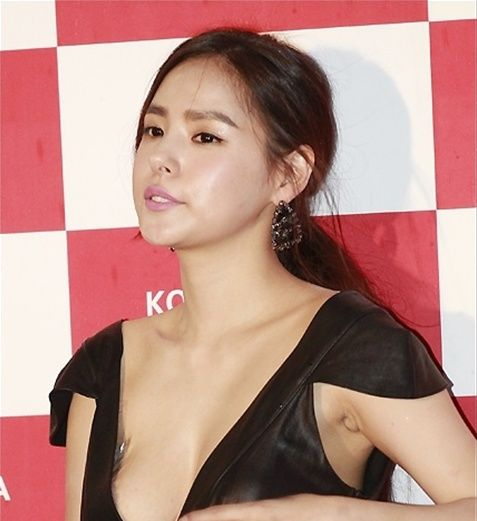 Min Hyo Rin 민효린 노브라 8p Actress Min Hyo Rin 민효린 Pinterest