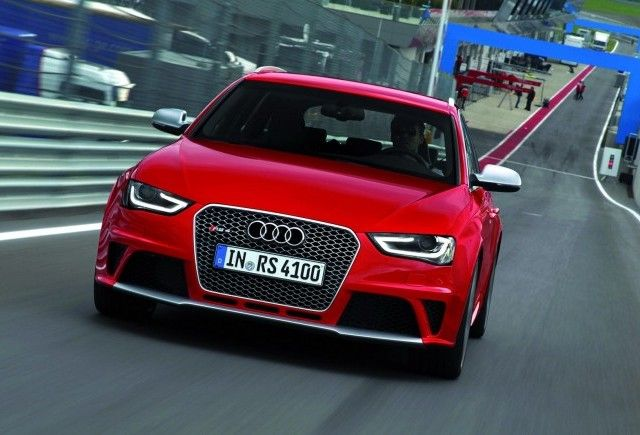 Noul Audi RS4 Avant
