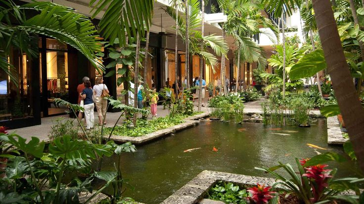 Bal Harbour, interior tropical fish pond, luxury retail (Bal Harbour, Florida)