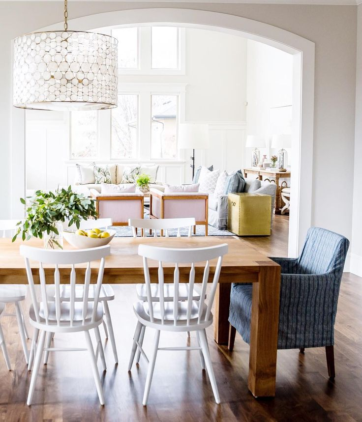 269 best images about Dining Rooms on Pinterest | Studios, Tulip ...