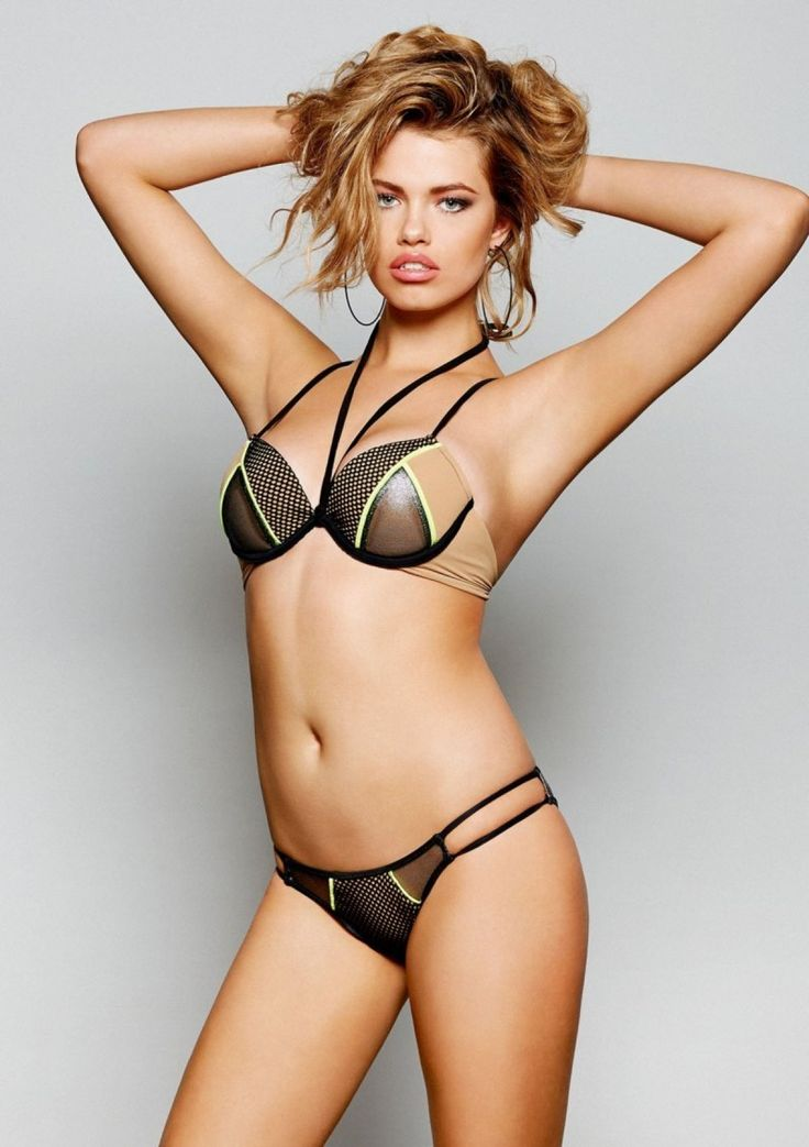 2015 Beach Bunny Swimwear High Voltage Push Up Top