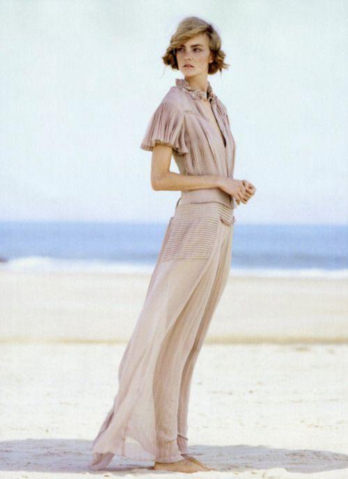 dress: Vera Wang, Vogue, Fashion, Inspiration, Style, Caroline Trentini, November 2011, Dresses, Patrick Demarchelier