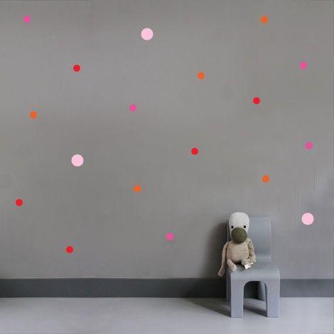 Muurstickers - Stippen Ook te verkrijgen: druppels - sterren - hartjes - kruisjes - huisjes MevrouwEmmer.nl   Sticker kruisje huisje stip druppel hartje sterretje wallart confetti Wall muur