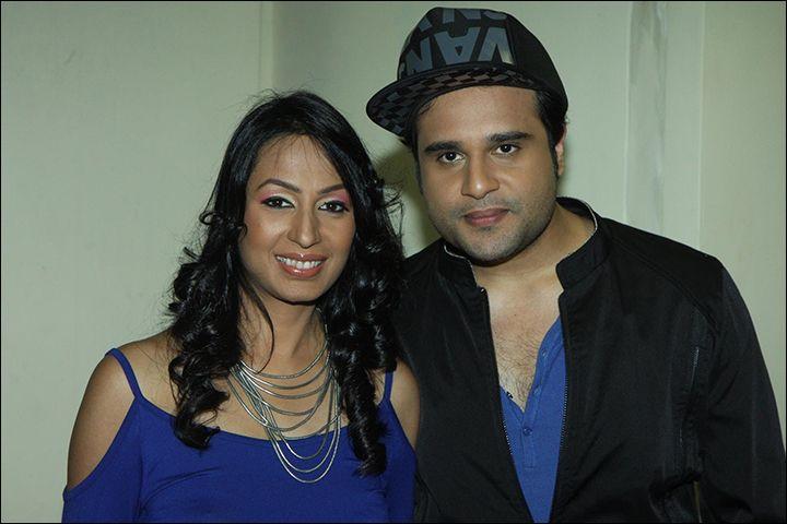 Kasmera And Krishna Abhishek Become Proud Parents With Twins Through Surrogacy :http://gagbrag.com/kasmera-and-krishna-abhishek-become-proud-parents-with-twins-through-surrogacy/