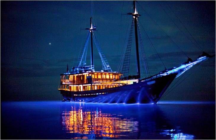 Pinisi con la que navegamos por el archipiélago de Mergui.