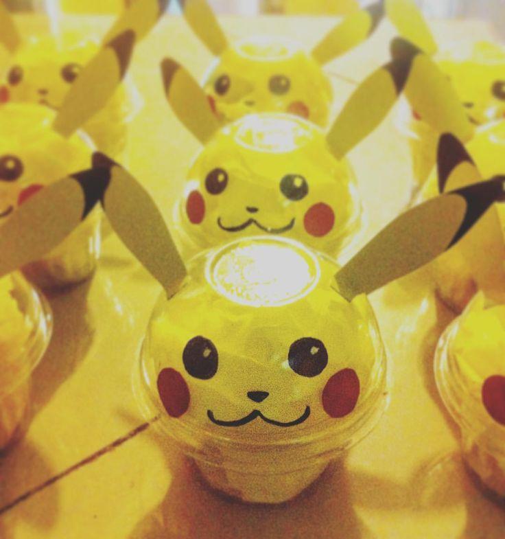 Pikachus rellenos de gusanitos de gomita #partyfavors #pokemon #pikachu #party #kawaii