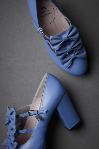 something blue?: Blue Bows, Bows Ties, Wedding Blue, Blue Shoes, Periwinkle Blue, Dauphin Heels, Something Blue, Blue Heels, Bows Shoes