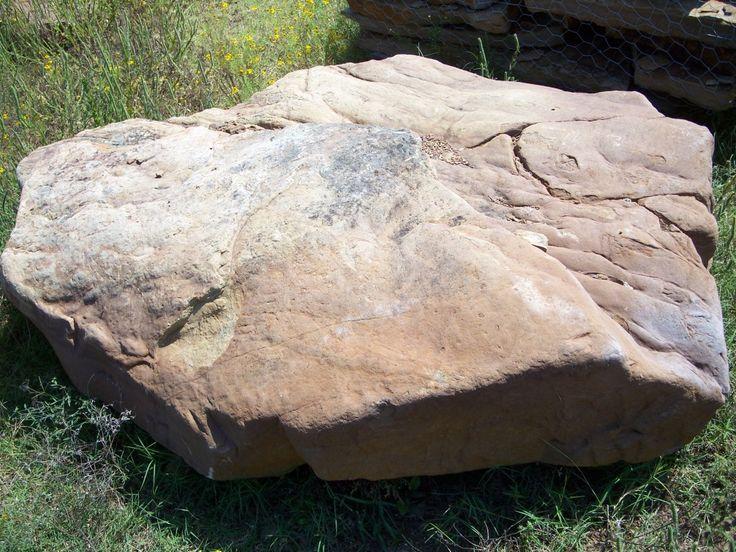 Old-Windsor-Moss-Rock-Boulder-1024x768.jpg 1,024×768 pixels