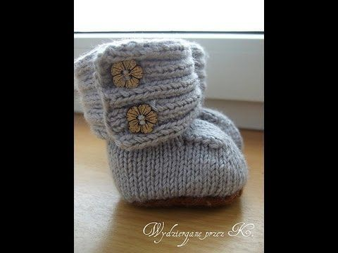 I'm desperate to make these absolutely adorable little booties!! How cute are these???