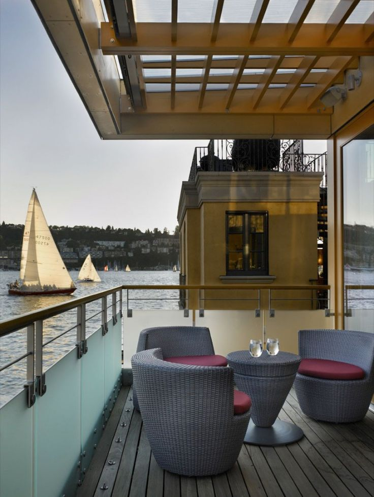 Seattle Map Lake Union%0A Continuing a long and distinguished history of floating homes in Seattle   this new floating home is located on Lake