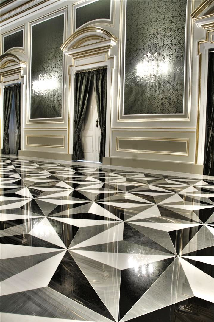 #Patterned #monochromatic floors in Nero Belgio, Bardiglio and Bianco Sivic  #marble at